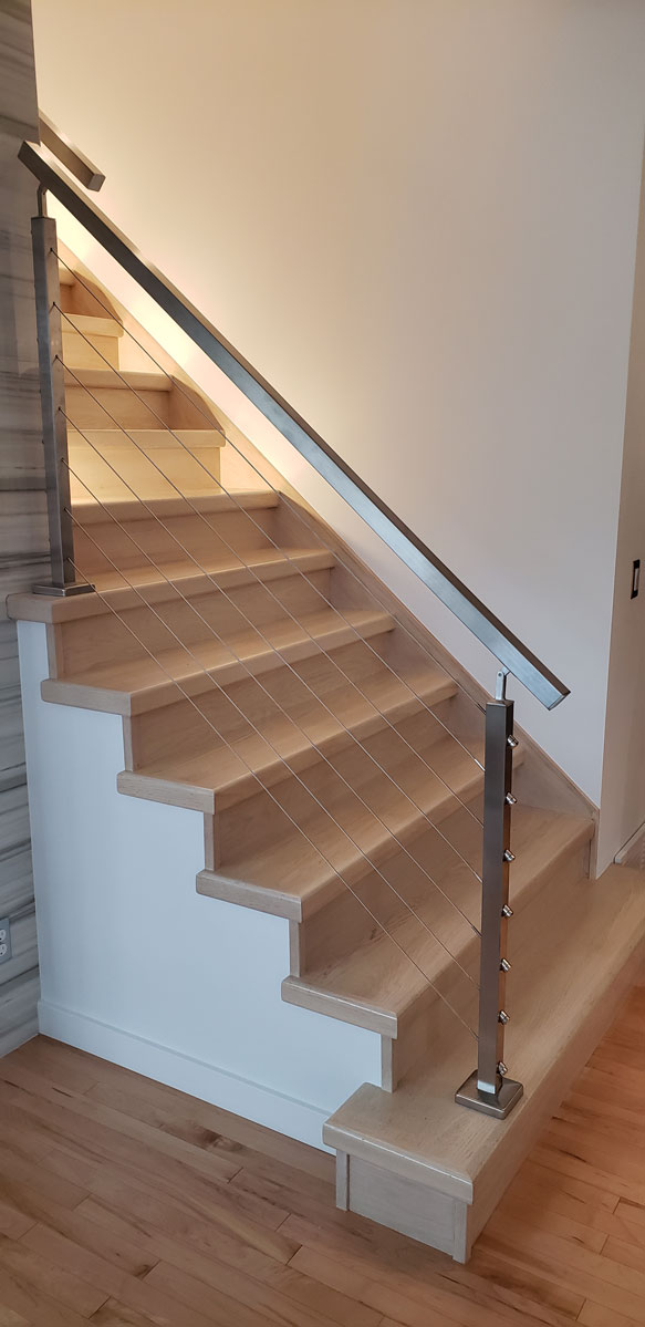 Stainless Steel Posts And Horizontal Cable Stairs Spindles Amp Railings