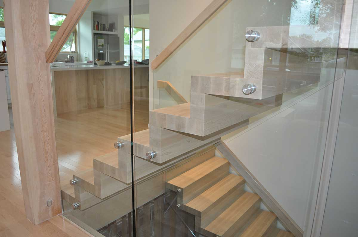 Zig Zag Maple Straight Stair Stairs Spindles Amp Railings